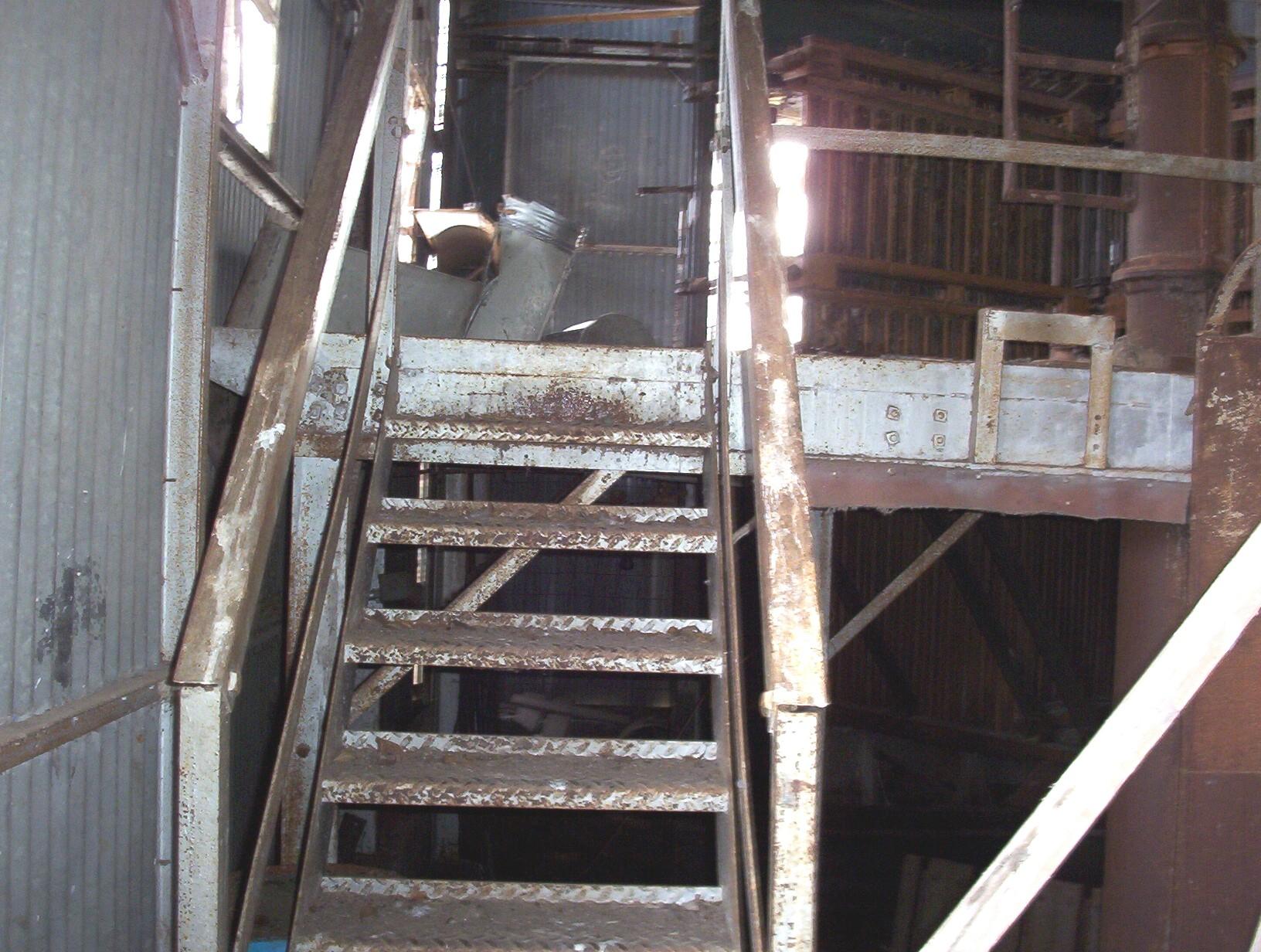 b_cotton_gin_stairs.jpg